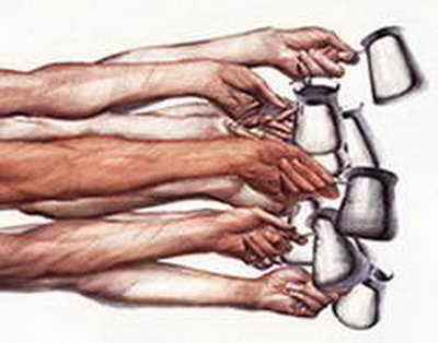 Депутат Госдумы предложил налоговые льготы общепиту за раздачу продуктов бездомным