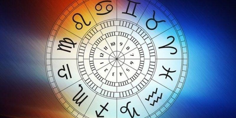 Гороскоп на 22 ноября: что ждет завтра Близнецов, Весы, Стрельцов и другие знаки Зодиака
