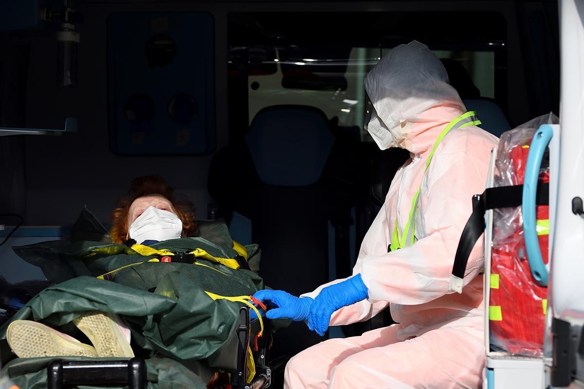 Китай предлагает присваивать людям коронавирусные QR-коды с информацией об их анализах