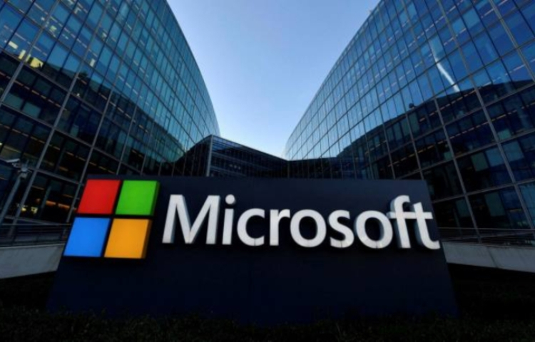 Microsoft устранила 112 уязвимостей, в том числе большую дыру в безопасности Windows