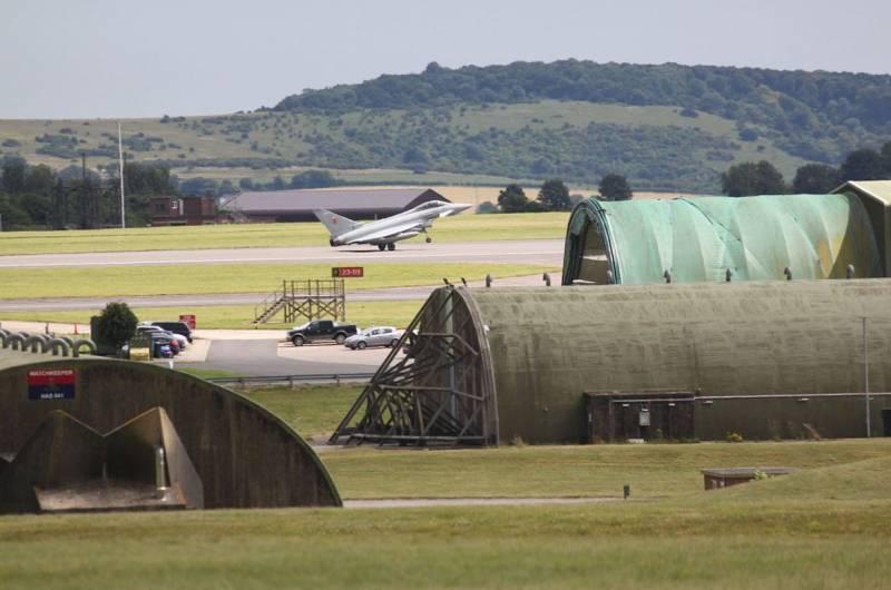 Инцидент с «чёрным треугольником»: военные США и Великобритании хранят в тайне данные о самолёте, разбившемся на базе Боскомб Даун в 1994