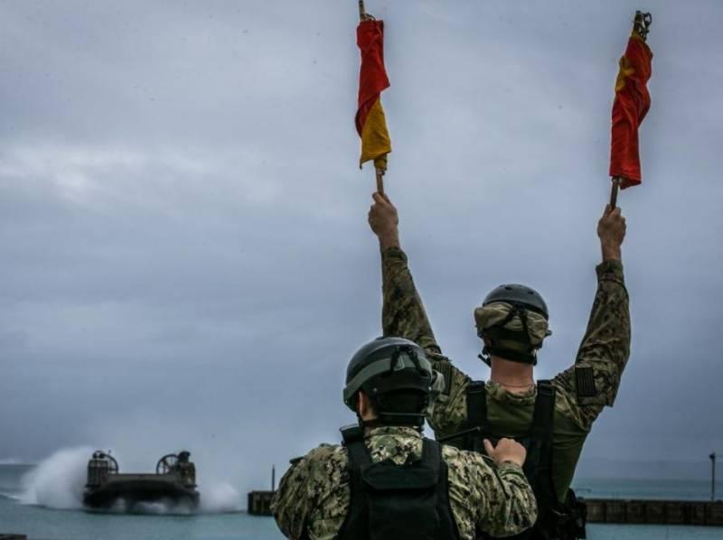 Генерала Корпуса морской пехоты США сняли с должности из-за гибели девятерых морпехов на учениях