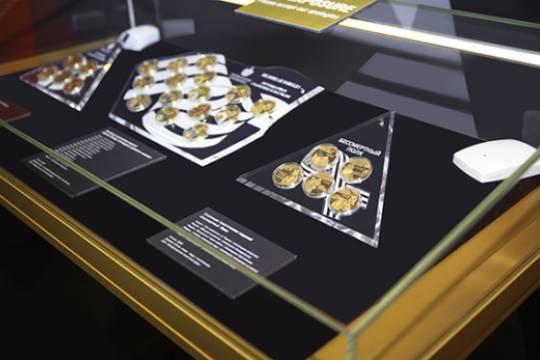Музей Победы проводит тематическую выставку медальерного искусства