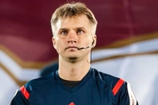 Российский арбитр Сергей Лапочкин отстранен от работы на десять лет по решению УЕФА