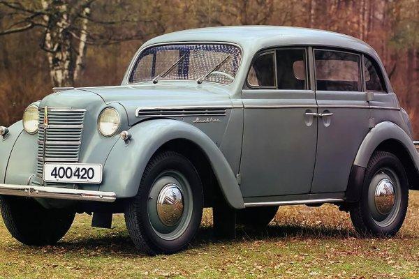 «Похож на машины из Mafia II»: Автомобилистов впечатлил старый «Москвич» с немецкими корнями