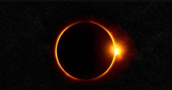 Научный руководитель Московского планетария: москвичи увидят солнечное затмение через 106 лет