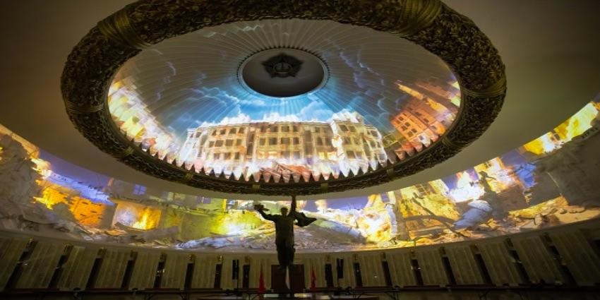 Студенты университетов начинают изучать мировой опыт использования проекторов Panasonic в музейной и выставочной деятельности, в сферах архитектуры и дизайна