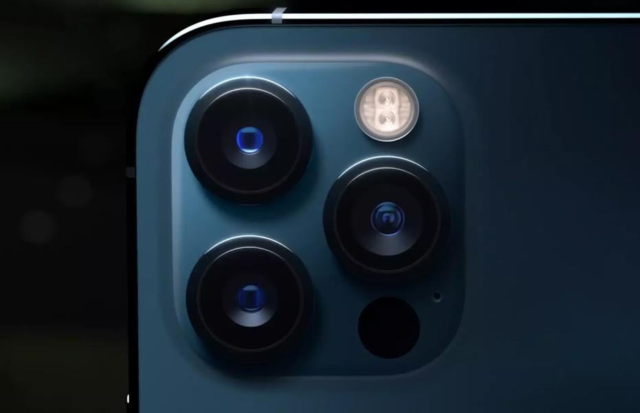 Названы недостатки камеры нового iPhone в сравнении со смартфонами Huawei и Xiaomi