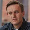 Навальный, которого спасли в Омске, возвращается в Россию