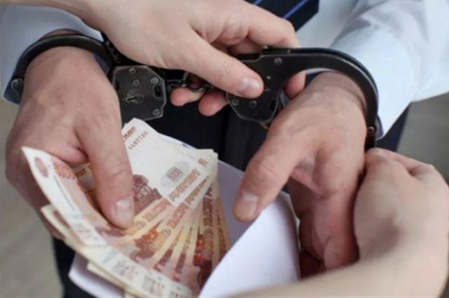 В Петербурге задержали злоумышленников, укравших деньги у пенсионеров