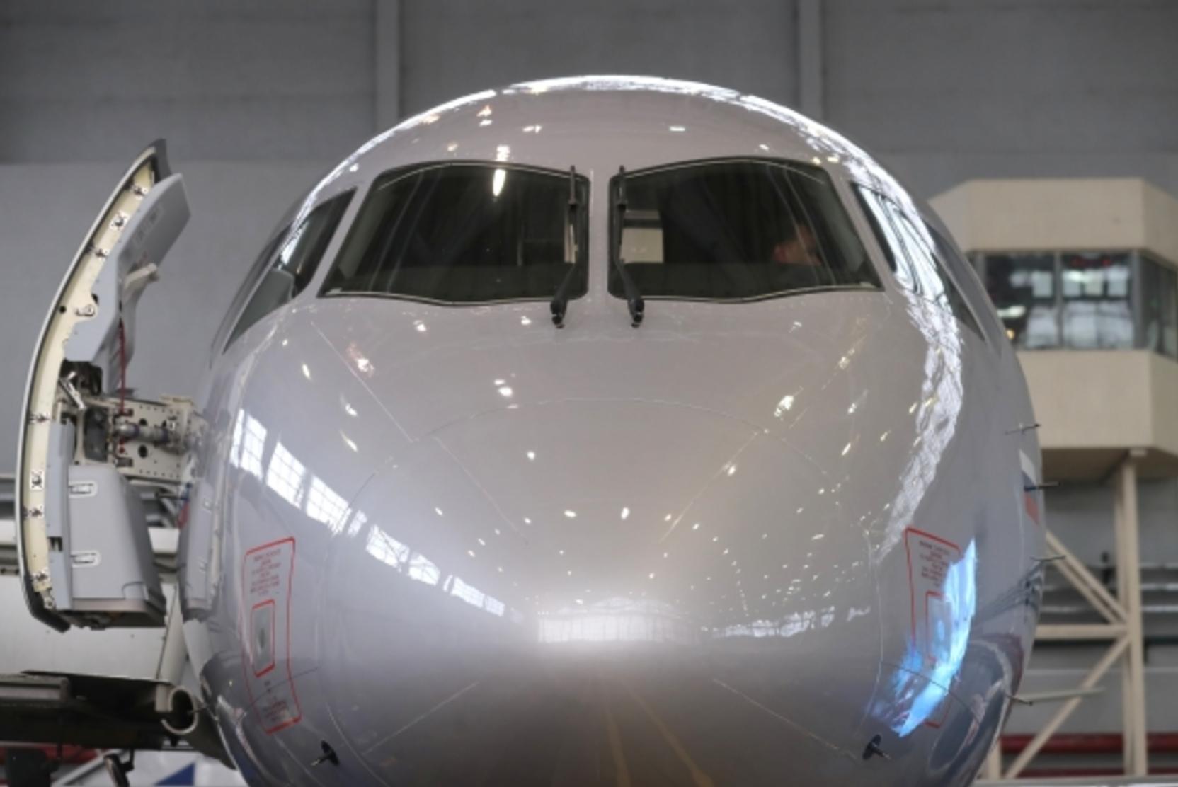 СМИ: На импортозамещённую версию Sukhoi SuperJet потратят до 130 млрд рублей