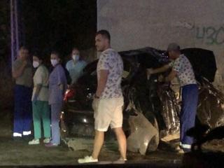 Трое погибших: в Миассе машина врезалась в опору моста, за рулем был полицейский