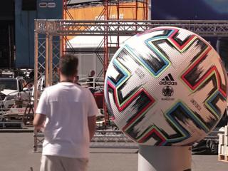 Петербург живет футболом: в день матча Россия-Бельгия замрут даже мосты