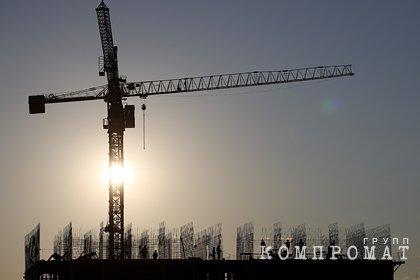 В Москве строительный кран обрушился на жилой дом