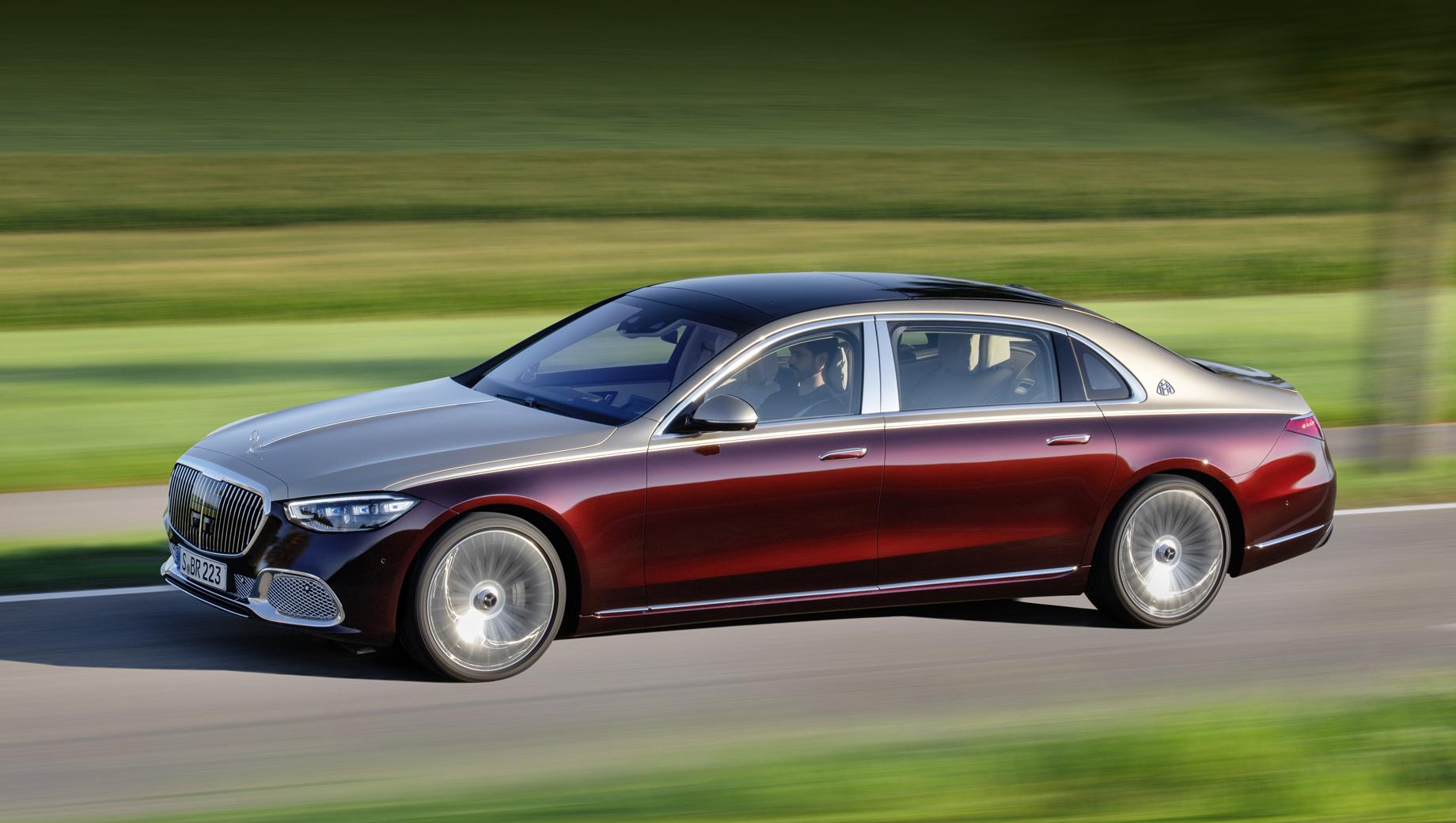 Мы выяснили цены и комплектации седана Mercedes-Maybach S-класса