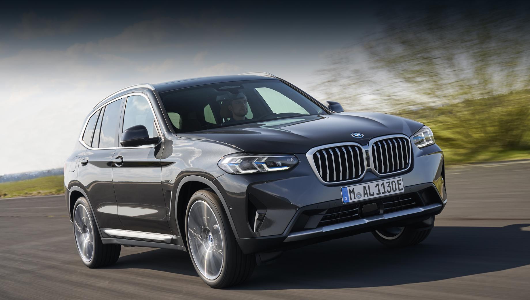Собратья BMW X3 и X4 пережили обновление вместе с М-версиями