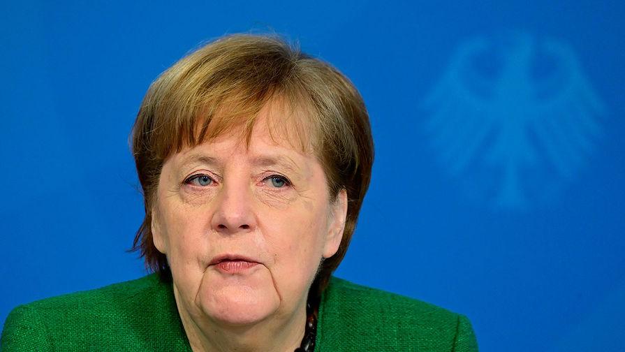 В Госдуме предложили Меркель переадресовать слова о Путине в адрес Зеленского
