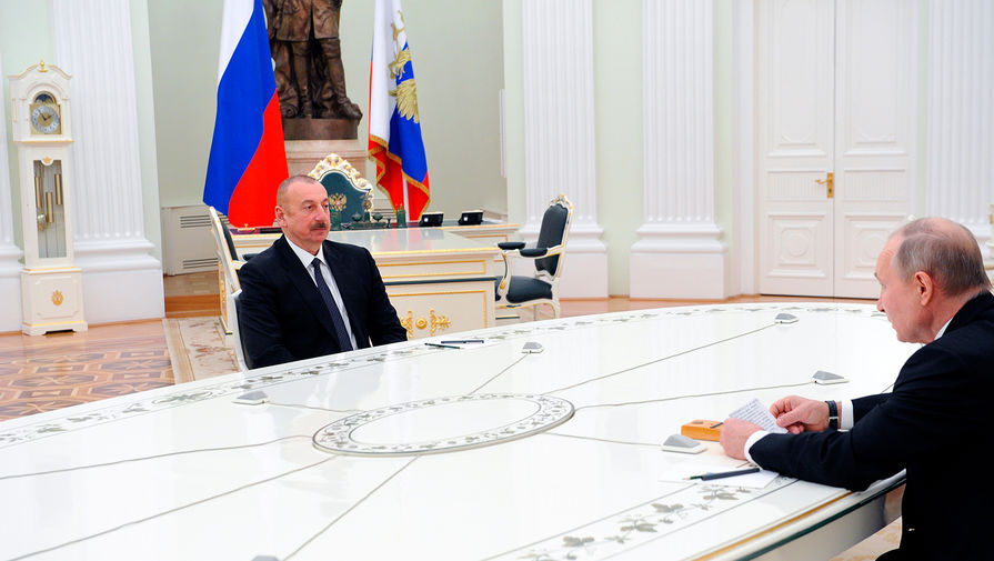 Путин снова обсудил с Алиевым Нагорный Карабах