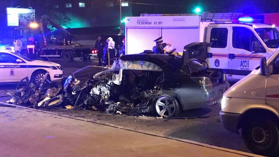 Водитель погиб при ДТП со скорой на Кутузовском проспекте
