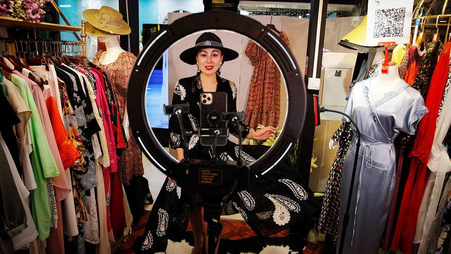Стилист предостерегла от покупки одежды у Instagram-блогеров