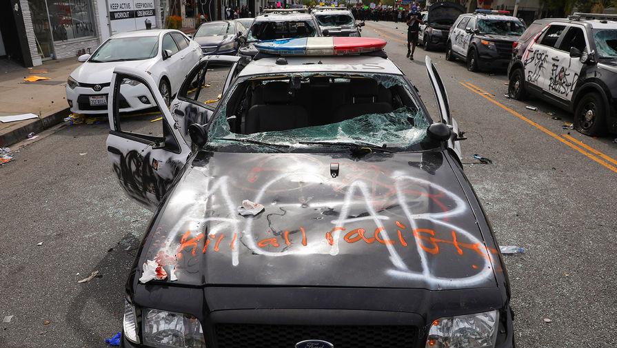 В США за вандализм во время протестов задержали более 100 человек
