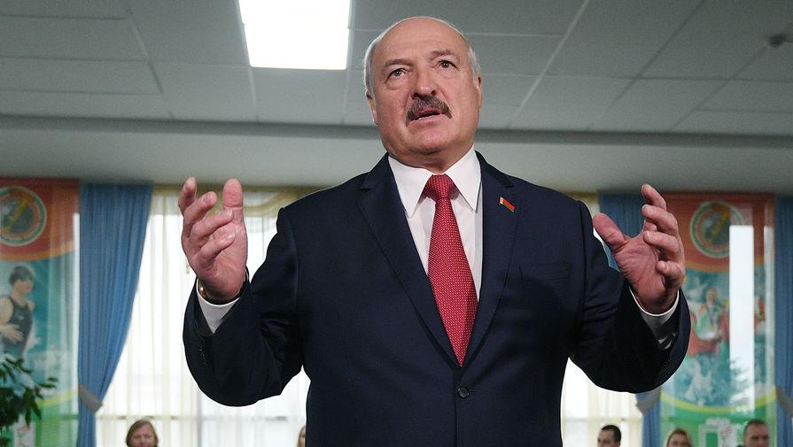 Лукашенко предложил пакетный подход к военному сотрудничеству с Россией