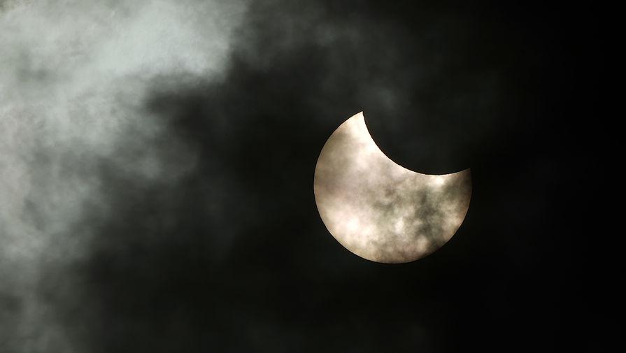 Московский планетарий показал кольцеобразное солнечное затмение