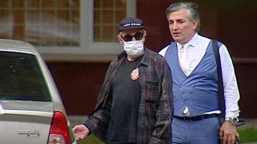 Адвокат Ефремова будет требовать видеотрансляцию процесса над актером