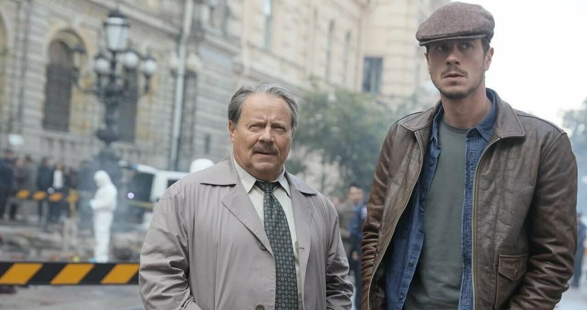В Сети показали премьерный трейлер «Майор Гром: Чумной доктор». Люди боятся Саши Петрова и ждут «Перемен»