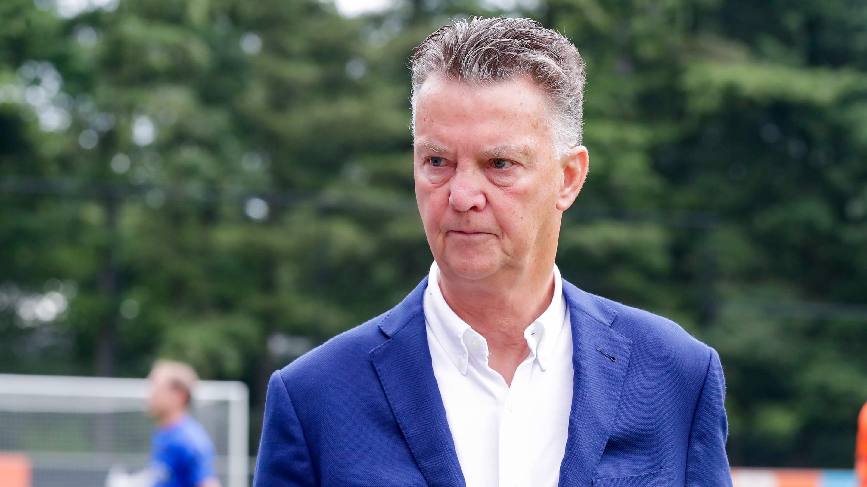 Ван Гал согласовал контракт со сборной Нидерландов до конца ЧМ-2022. После его сменит Фрейзер из роттердамской «Спарты»