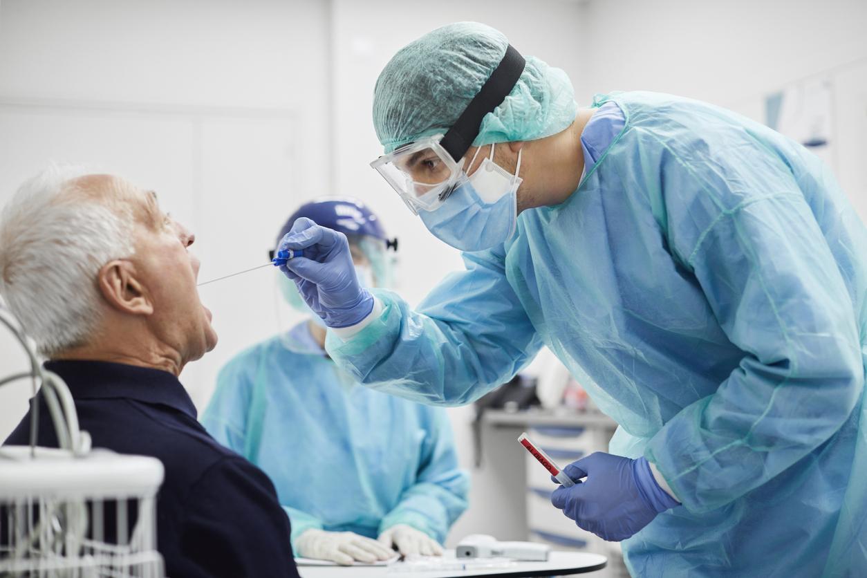 Роспотребнадзор приостановил работу клиники «Чайка» за «непредоставление данных» о пациентах с COVID-19